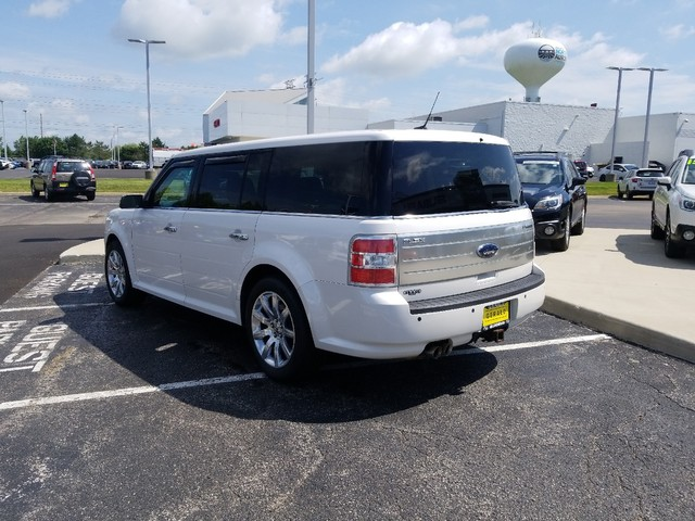 Pre-Owned 2009 Ford Flex Limited
