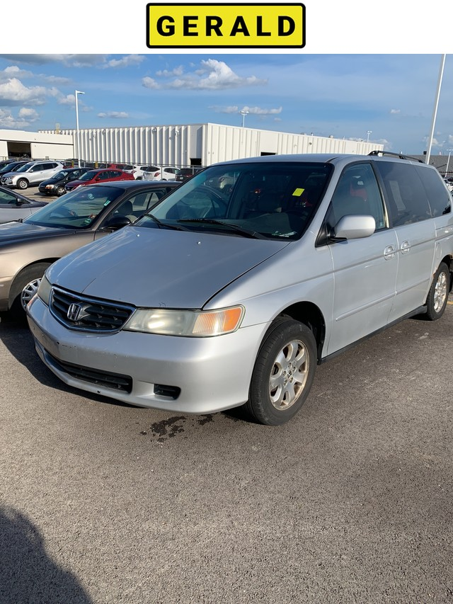 Pre-Owned 2002 Honda Odyssey EX-L w/Leather